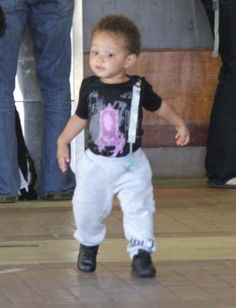 Singer Alicia Keys, Swizz Beats and son Egypt pictured arriving to the airport in Kauai after a weeklong vacation in Kauai, HI on January 31, 2012.