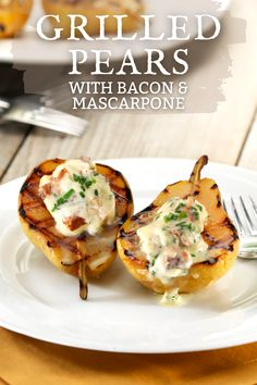 Summer grilled pears stuffed with mascarpone & bacon bbq side dish recipe. Great as an appetizer for a crowd at a summer bbq party. Easy healthy pear side dish to pair with chicken or steak for dinner. Grilling the pears is super quick then top with creamy mascarpone & savory bacon. Pears are soaked in white wine, lemon, and vanilla for a salty & sweet combo with the bacon. Sure to be a crowd favorite for your next party -> Follow us on Pinterest & visit USAPears.org for more summer recipe… Bbq Bacon, Appetizers For A Crowd, Bbq Party, Summer Bbq, Sweet And Salty, Summer Recipes, Pear, Side Dishes, Grilling