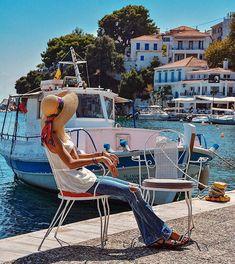 Skiathos old port Skiathos Island, Old Port, Archipelago, Greece Travel, Greek Islands, Island Life, Aesthetic Pictures, Athens, Tourism