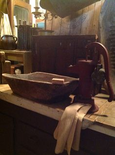 Primitive wash stand From: Uploaded by user, no url