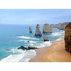 The Great Ocean Road: 12 apostles!  #greatoceanroad #thegreatoceanroad #trip #12apostoles #twelveapostles #australia #melbourne #au #victoria #gypsylife #hippielife #boho #me #italiangirl #picofday #photography #photooftheday by irinagypsypetrovsky