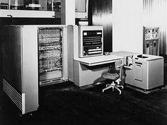 Primera Generación: IBM 701