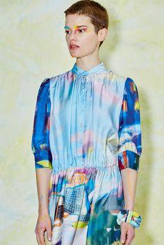 Tsumori Chisato Pre-Fall 2017 Collection Photos - Vogue
