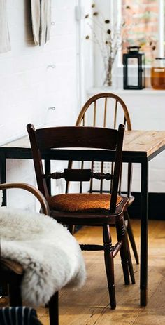If you're looking to rid your home of any and all bad juju, you need to follow these 15 feng shui principles. — via @PureWow