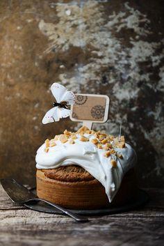 Nuss-Ahornsirup-Kuchen mit Sahne - smarter - Zeit: 30 Min. | eatsmarter.de