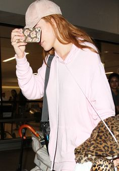 Bella Thorne arriving at Los Angeles International Airport in California on August 11, 2016