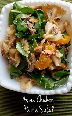 Asian Chicken Pasta Salad recipe | NoBiggie.net | This might be (in my opinion) the best salad recipe I know. Chicken Breast Recipes Dinners, Chicken Pasta Salad Recipes, Pasta Salad With Spinach, Chicken Salad, Asian Pasta Salads, Asian Chicken, Salad Bar, Popular Recipes, Sliced Almonds