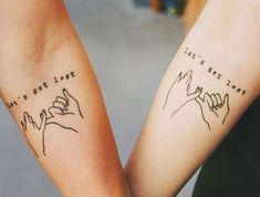 tattoos ideen fuer partner, schoen und kreativ, arm tattos, finger, spruch diy tattoo - diy tattoo i Partner Tattoos, Bff Tattoos, Cute Tattoos, Tatoos, Henna Tattoos, Eternal Love Tattoo, Tatouage Amour Éternel, Beste Freundin Tattoo, Pinky Promise Tattoo