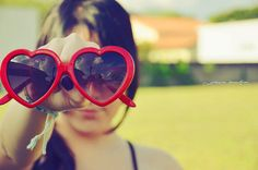 Heart sunglasses. Cute idea. We can do this with two people for sure!!  #photography