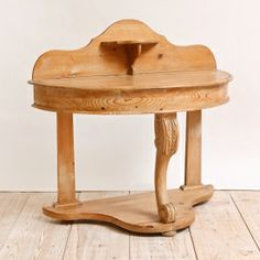 English Washstand in Pine, circa 1880 English Antique Furniture, Vintage Furniture For Sale, Dry Sink, Wash Stand, Asian, Center Table, American, Furniture Design, Stool