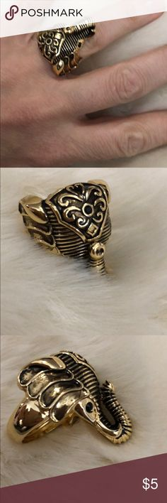 Trunk up=good luck! Elephant ring-make a bundle! EUC unknown Jewelry Rings