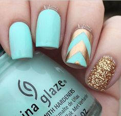 Mint and gold nails