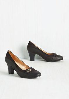 Start on a Keynote Heel in Black
