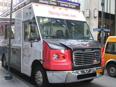 Rhong-Tiam truck, 47th St. NYC. Nueva York by voces, via Flickr