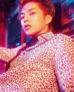 xiumin / I think I speak for everybody when I say that Xiumin in the Hey Mama MV should just be illegal. Exo Ot12, Exo Xiumin, Kpop Exo, Park Chanyeol, Red Aesthetic, Kpop Aesthetic, Cute Marshmallows, Kim Minseok