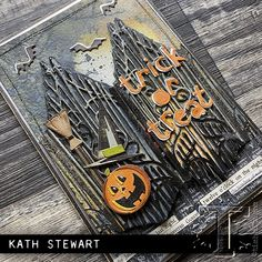 Halloween Items, Halloween Cards, Fall Halloween, Halloween Decorations, Halloween Mini Albums, Halloween 2020, Tim Holtz Dies, Tim Holtz Stamps, Love Simon