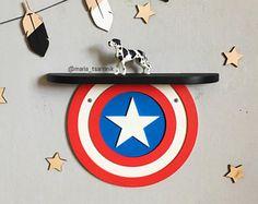 """Estante de madera """"Capitán América"""""""