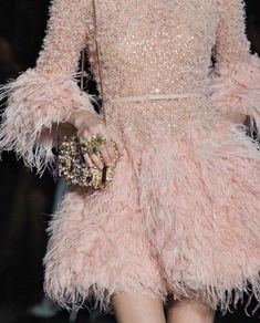December 31 2019 at fashion-inspo Style Haute Couture, Couture Details, Fashion Details, Couture Fashion, Runway Fashion, High Fashion, Fashion Show, Fashion Fashion, Fashion Women