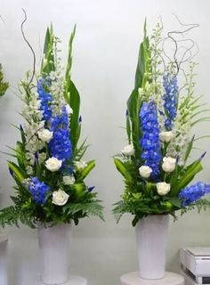 Image result for church pedestal flower arrangements #Adornosflorales #Arreglosflorales