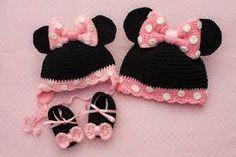 Znalezione obrazy dla zapytania czapka na szydełku dla dziewczynki myszka