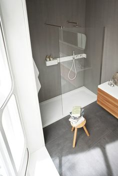All about Ergo-nomic Shower tray and enclosure by Rexa Design on Architonic. Find pictures & detailed information about retailers, contact ways & request options for Ergo-nomic Shower tray and enclosure here!