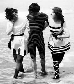 Victorian Bathing Suits. mage: Library of Congress LC-USZ62-100442-1898