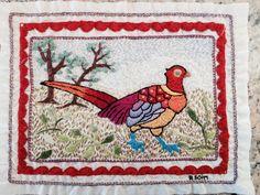 Pássaro exótico bordado por Regina Koim / 2013