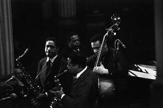 Eric Dolphy (center), Clifford Jordan, Jaki Byard and Charles Mingus - Paris, 1964 - by Guy Le Querrec