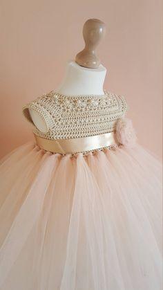 Tutu dress, crochet dress, crochet yoke, princess dress, b Crochet Tutu Dress, Tulle Dress, Crochet Toddler Dress, White Flower Girl Dresses, Baby Girl Dresses, Flower Girls, Girl Tutu, Dress Girl, Girl Outfits