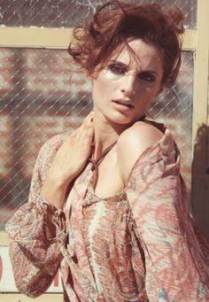 i am nope Stana Katic Hot, Molly Quinn, Kate Beckett, Canadian Actresses, Fashion Shoot, Woman Face, Hollywood Actresses, Film, Most Beautiful Women