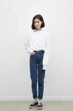 Korean Fashion Trends you can Steal – Designer Fashion Tips Korean Fashion Minimal, Asian Fashion, Look Fashion, Fashion Models, Girl Fashion, Fashion Outfits, Fashion Trends, Korean Fashion Tomboy, Korean Street Fashion Urban Chic