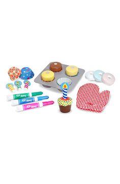 Melissa & Doug Toy Cupcake Set | Nordstrom