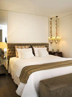 Um décor apaixonante. Veja: http://www.casadevalentina.com.br/projetos/detalhes/uma-reforma-de-sucesso-606 #decor #decoracao #interior #design #casa #home #house #idea #ideia #detalhes #details #style #estilo #cozy #aconchego #conforto #casadevalentina #bedroom #quarto
