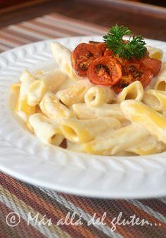 """Más allá del gluten...: Pasta con Salsa de """"Queso"""" Vegana y Tomates Asados (Receta GFCFSF, Vegana)"""