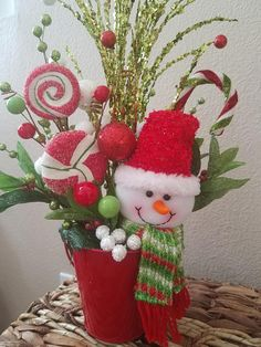 *****Perfect for your secret Santa gift!!!***** This is a one if a kind piece. Simply adorable mini arrangement!!!! This item is small enough to dress up any room of the house. Place on an end table or bookshelf.... it would also look fantastic in an office or workplace.... A
