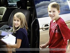 Have the Best Road Trip Ever with your kids using these fantastic games and ideas! Road Trip With Kids, Camping With Kids, Family Camping, Camping Ideas, Boredom Busters For Kids, Tree Camping, Camping Photo, Vacation Trips, Vacations