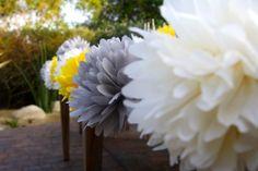 30 Poms minis tissu papier Pom Pom Garland / / décoration de mariage / décoration de Table de Dessert / allée coureurs de mariage