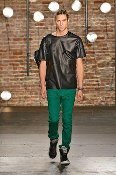 Kenneth Cole Collection Spring/Summer 2014 #kennethcole #nyfw #mbfw #springsummer #fashionweek #catwalk #runway #2014 #ss14 #model #fashionshow #fashion
