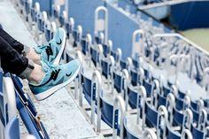 Aqua realness.  http://www.footshop.eu/eu/panske-boty/7419-saucony-grid-8000-aqua-.html   #saucony #sneakers #freak #footshop