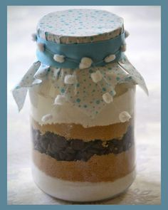 Oatmeal, Raisin and Spice Cookies in a Jar Trail Mix Cookies, Spice Cookies, Sweet Cookies, Cookie Gifts, Cookie Jars, Oatmeal Raisin Cookies, Jar Gifts, Homemade Gifts, Yummy Food