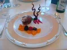 Gâteau du chocolat et compote des mangues @ Restaurant La Soupière @ Hotel Schweizerhof