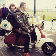 Northern soul - keep the faith Retro Scooter, Lambretta Scooter, Northern Soul, Northern Irish, Scooters, Vespa Girl, Scooter Girl, Youth Subcultures, Mod Girl