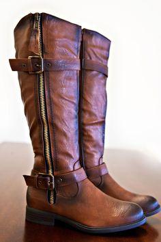 Explore Outdoors Boots-Cognac