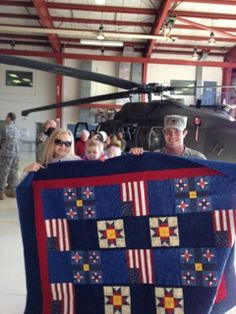 "Quilts of Valor: A ""Quilt of Valor"" Home Coming celebration quilt americana, quilt patriot, quilt idea, patriot quilt, quilti quirk, veteran quilt"