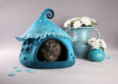 Cat cave Cat bed Pet bed Cool cat house Turquoise by FeltField