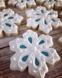 These were part of a custom order that was given out at The Nutcracker performance this past weekend. Thank you for letting us be a part of… Fancy Cookies, Iced Cookies, Cute Cookies, Holiday Cookies, Cupcake Cookies, Cookies Et Biscuits, Cupcakes, Christmas Deserts, Christmas Treats