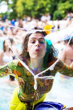 Bolha de sabão gigante no Carnaval carioca