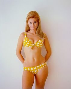 hip dips - I never wore this type of swim suit bottom for fear of accentuating my hip dips. but WHY?!?! she looks great!!