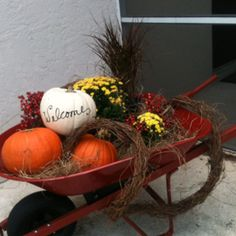Might add this to my fall outdoor decor.