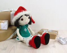 PATTERN: Crocheted Christmas elf doll par SIDRUNsPatterns sur Etsy